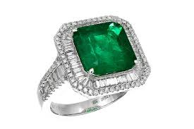 emerald 22 emerald engagement rings best you u0027ll see all year