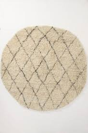 Round Throw Rugs by 92 Best Rugs Modfarm Images On Pinterest Carpets Bedroom Rugs