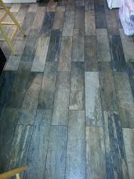 flooring tile that looks like wood floor tiles flooring