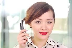 liquid eyeliner tutorial asian michelle phan s easy ways to use liquid into the gloss