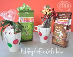 holiday homemade coffee gift craft idea hand decorate mugs with