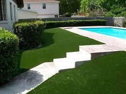 Backyard Artificial Grass by Best 25 Artificial Turf Ideas On Pinterest Artificial Grass B U0026q