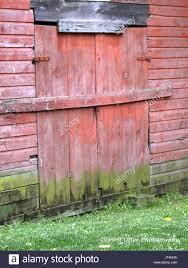 Red Barn Door by Locked Barn Door Stock Photos U0026 Locked Barn Door Stock Images Alamy