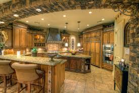 glamour chandelier of the luxury home kitchen can be decor with