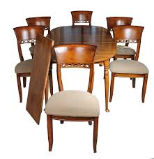 Maple Table And Chairs Traditional Maple Dining Table And Six Chairs By Ethan Allen Ebth