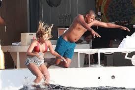 Jay Z Diving Meme - 15 hilarious jay z pool memes