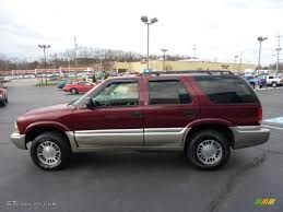 gmc jimmy 1994 magnetic red metallic 2000 gmc jimmy sle 4x4 exterior photo