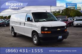 new 2017 chevrolet express 3500 work van 3d extended cargo van