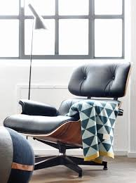 Comfortable Chair And Ottoman The Eames Lounge Chair Iconic Comfortable And Versatile