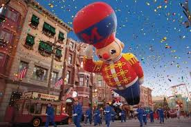 thanksgiving day parade 2014 macy s brings its thanksgiving day parade balloons to florida
