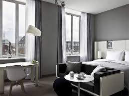 chambre gris noir chambre grise déco et aménagement splendides en 82 idées