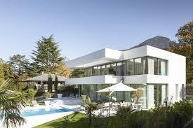 furniture modern white house design by monovolume architecture
