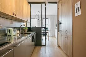 cuisine couloir découvrir l endroit du décor une cuisine couloir