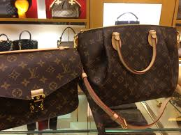decisions decisions louis vuitton metis pm and turenne mm