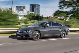 volkswagen arteon 2017 2019 volkswagen arteon first drive review automobile magazine