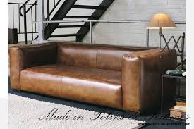 canapé style industriel le canapé de maisons du monde en cuir dans les tons marron