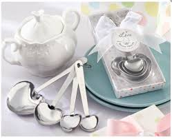 baby shower party favor ideas baby shower favors only bother if they are really