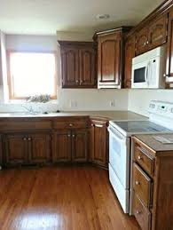photos of kitchens with new venetian gold granite new venetian