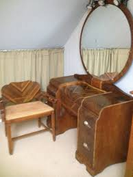 Eastlake Marble Top Bedroom Set Antique Furniture Makers List Vanity With Mirror And Bench How To