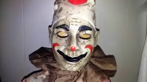 clown costumes spirit halloween spirit halloween 2016 roaming antique clown doll youtube