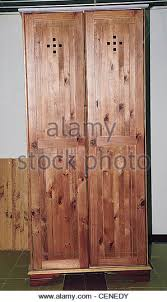 linen cupboard stock photos u0026 linen cupboard stock images alamy