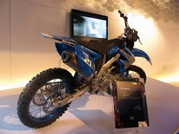 tvs motocross bikes tvs unveils the rtr 180 abs rtr 160 racing concept qube hybrid