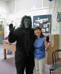 singing birthday grams gorilla singing telegram toronto mississauga gorilla gram