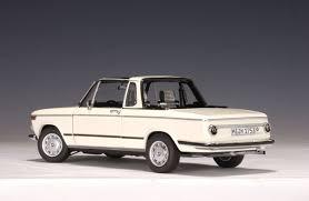 bmw 2002 baur cabriolet autoart bmw 2002 baur cabriolet chamonixwhite 70532 in 1 18