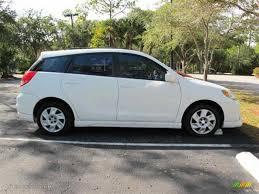 toyota white car car picker white toyota matrix