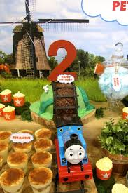 32 best thomas the train images on pinterest thomas the thomas the tank engine 2nd birthday party design styling concept and desserts by sweet