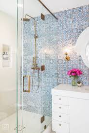 Bathroom Remodeling Ideas For Small Bathrooms Best 25 Small Bathroom Wallpaper Ideas On Pinterest Half