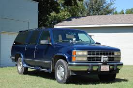 chevy suburban blue 1993 chevrolet suburban gmt400 u2013 pictures information and specs