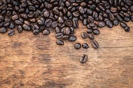 non toxic natural wood stain to diy using coffee berries and