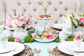 Bright & Colorful Easter Table Decor Ideas with Pops of Gold