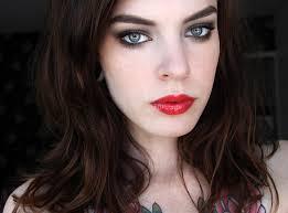 Dark Hair Light Skin Red Lipstick On Fair Skin With Dark Hair Is It A Good Look