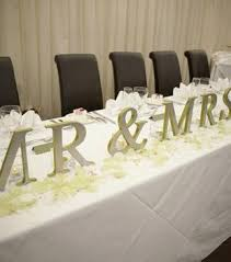 mr mrs wedding table decorations 85 best wedding table centre pieces images on pinterest flower