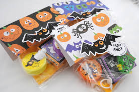 personalized halloween treat bags easy halloween treat bags vanchic md