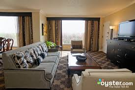 2 bedroom suites in houston the parlor suite 2 bedroom at the omni houston hotel oyster com