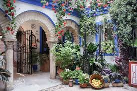 Flowers And Friends - córdoba spain the land of flowers and friends wander write now