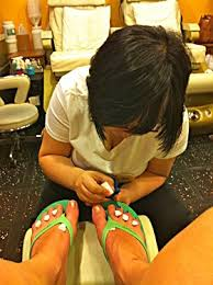 can you get toenail fungus from a pedicure at a nail salon