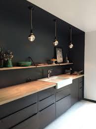 cuisine noir mat et bois élégance et sobriété kitchens