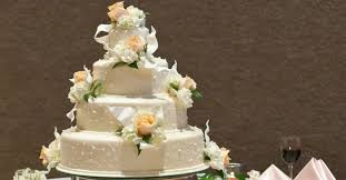 wedding cake makers christian cake maker who lost court receives support from