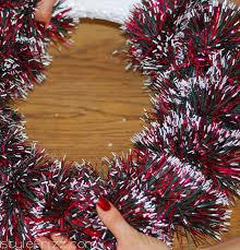 diy wreaths from scratch stylefrizz