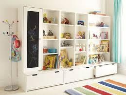 rangement chambre d enfant grand espace de rangement pour chambre d enfant avec modules stuva