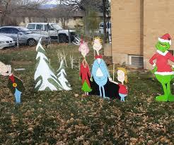diy plywood christmas yard art holiday decorations 9 steps