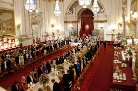 Queen Elizabeth Ii House by With Queen Elizabeth Ii And Barack At A State Banquet In England