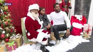 meet the mall of america s 1st black santa abc news
