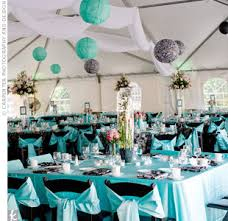 wedding decoration turquoise and violet balloons