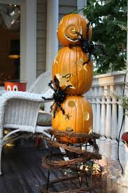 50 seriously spooky pumpkin carving ideas pumpkin topiary