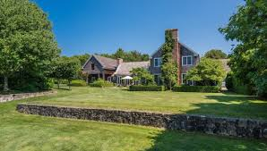 Cottages Gardens - christie brinkley matt lauer and l a reid all have hamptons